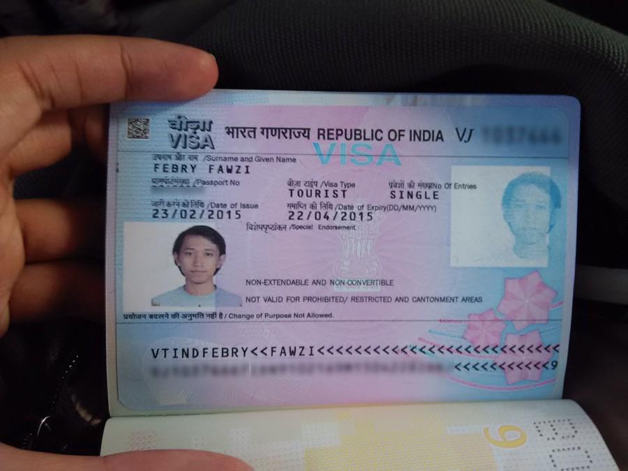Yeaah dapet sticker pertama di paspor baru