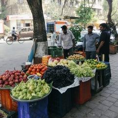 Belanja buah-buahan segar