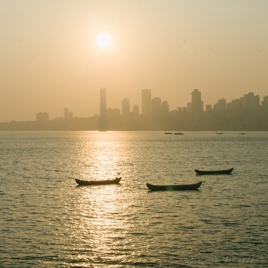 Sunset & Mumbai Skyline