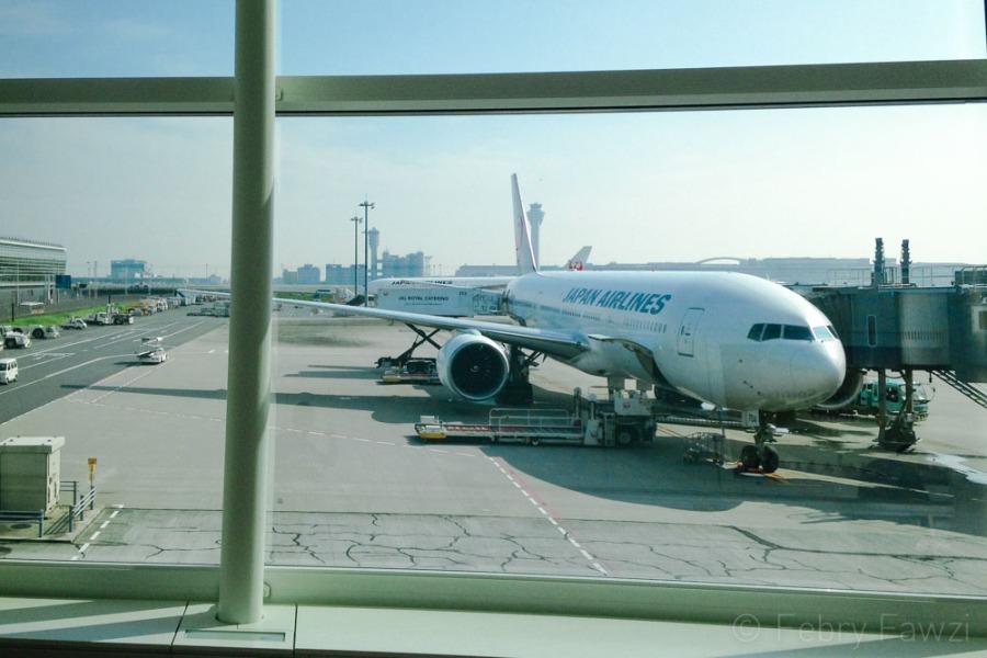 Tips bepergian dengan pesawat - by Febry Fawzi-5